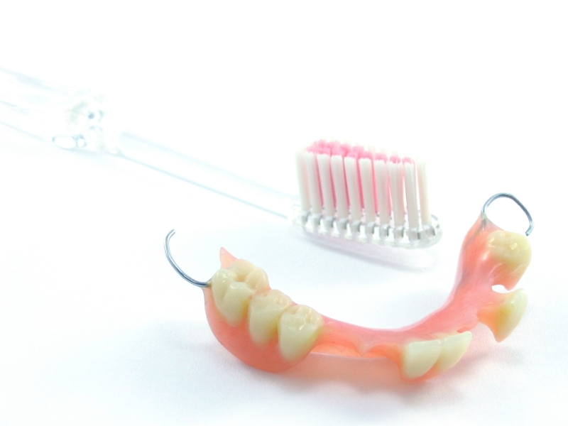 denture and partials feature image